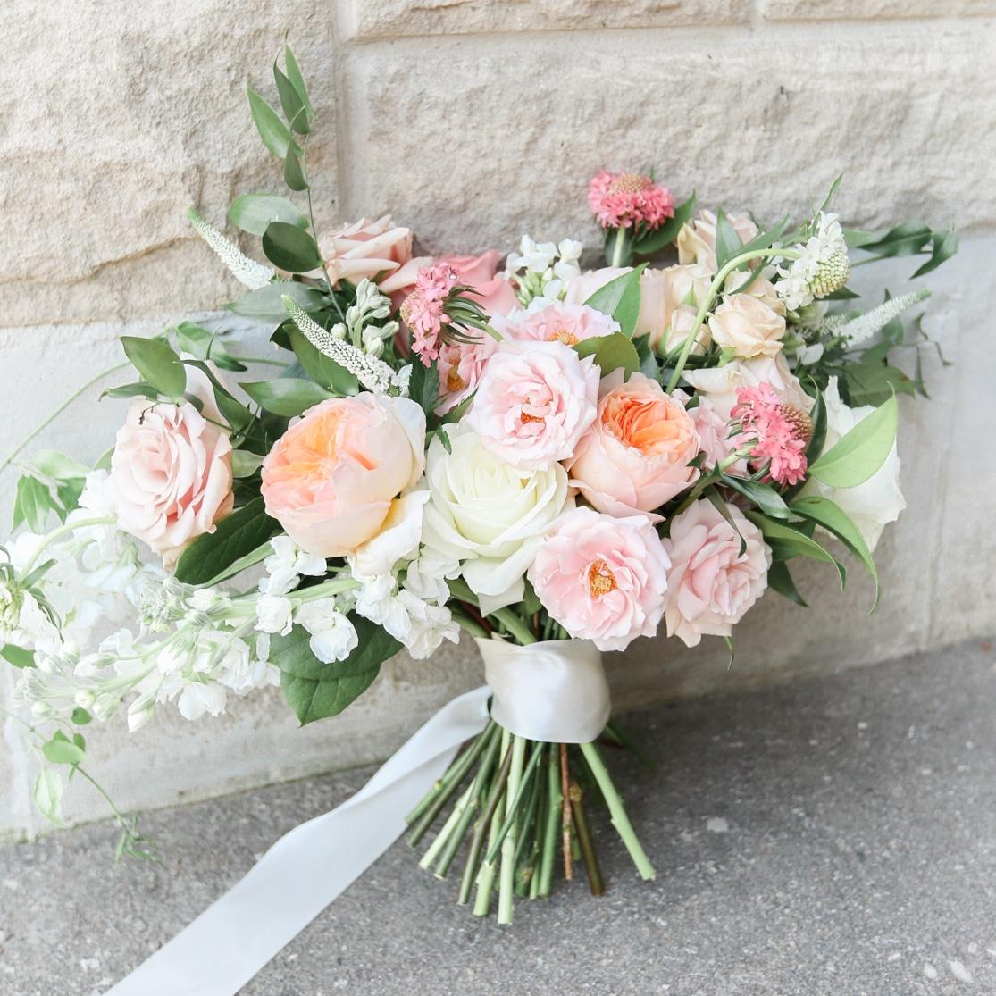FloralBash premium wedding florist near Mississauga